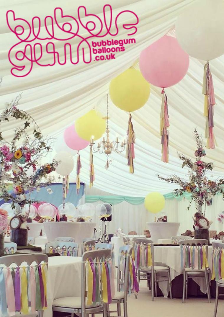 LALAMAG. Bubblegum Balloons